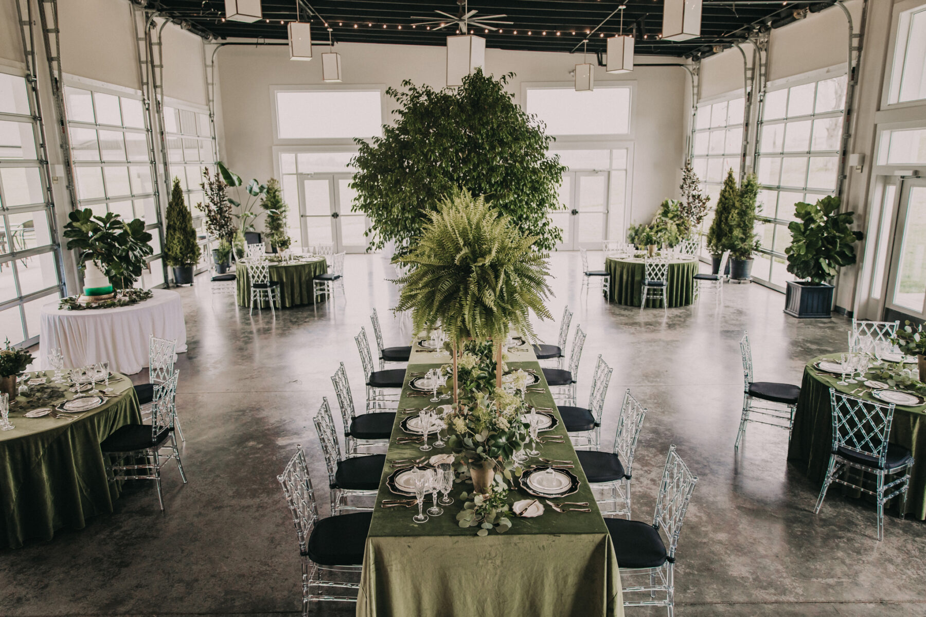 Ruby Cora Wedding Venue: Shades of Green Legacy Styled Shoot by Music City Events and Billie-Shaye Style featured on Nashville Bride Guide