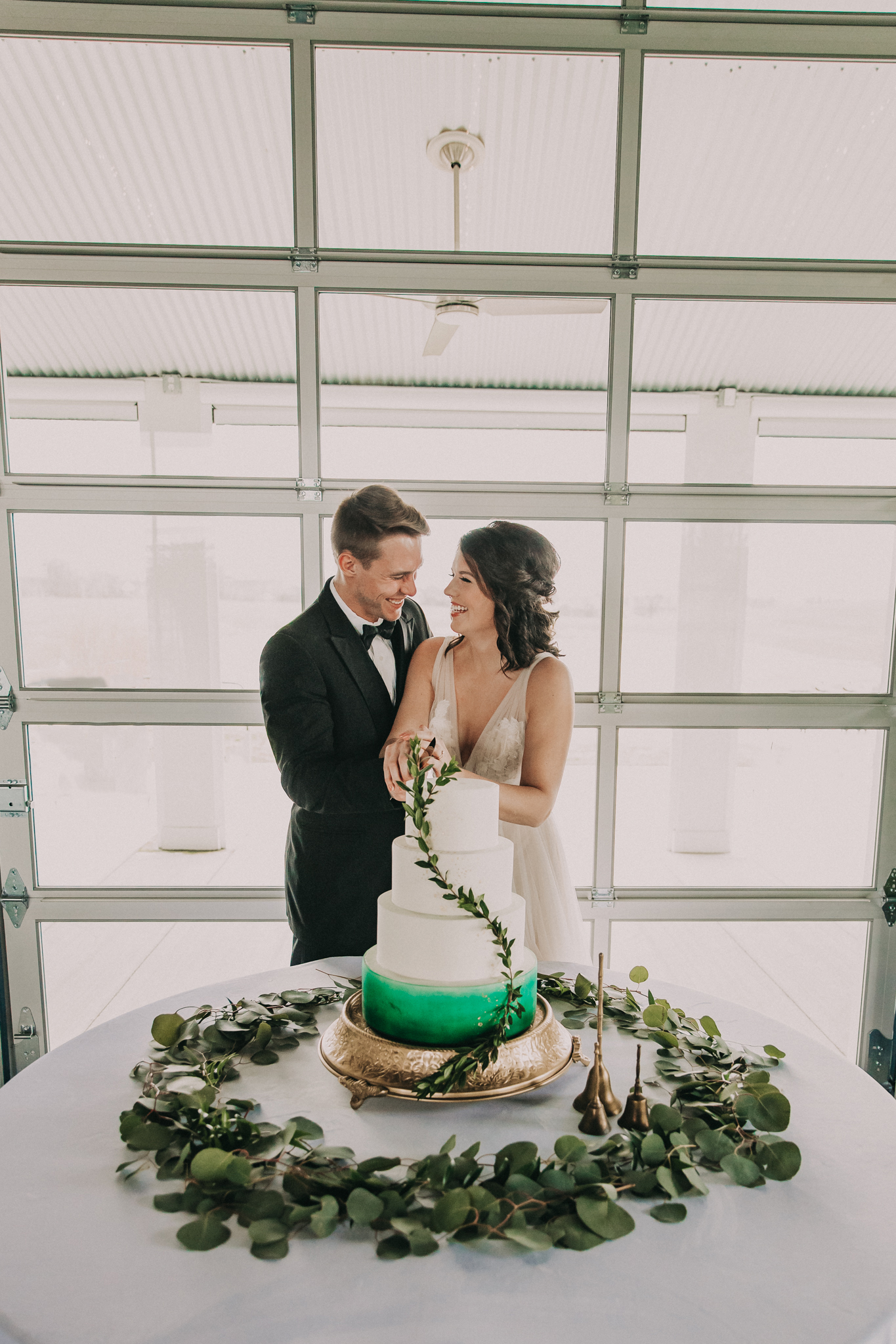 Shades of Green Legacy Styled Shoot by Music City Events and Billie-Shaye Style featured on Nashville Bride Guide