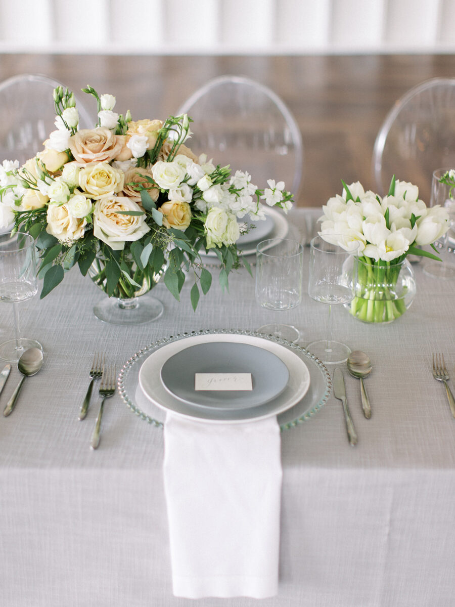 Wedding tabletop decor: Clean & Modern Styled Shoot at 14TENN featured on Nashville Bride Guide