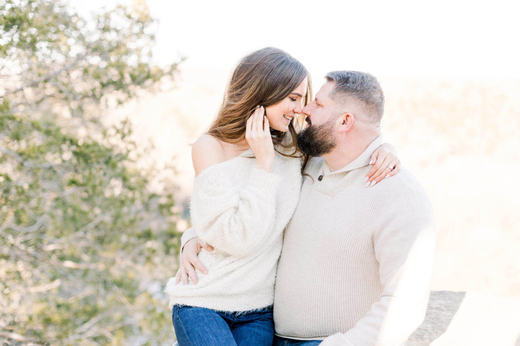 Sweet Outdoor Narrows of the Harpeth Engagement by Lindsey Brown Photography featured on Nashville Bride Guide