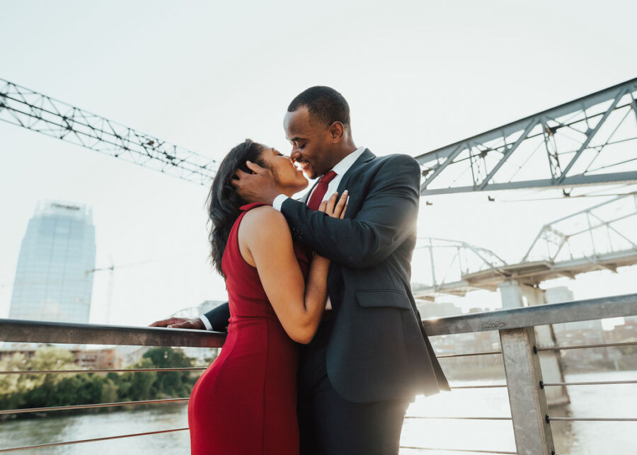 Romantic Engagement Session by Jessica Travis Photography featured on Nashville Bride Guide