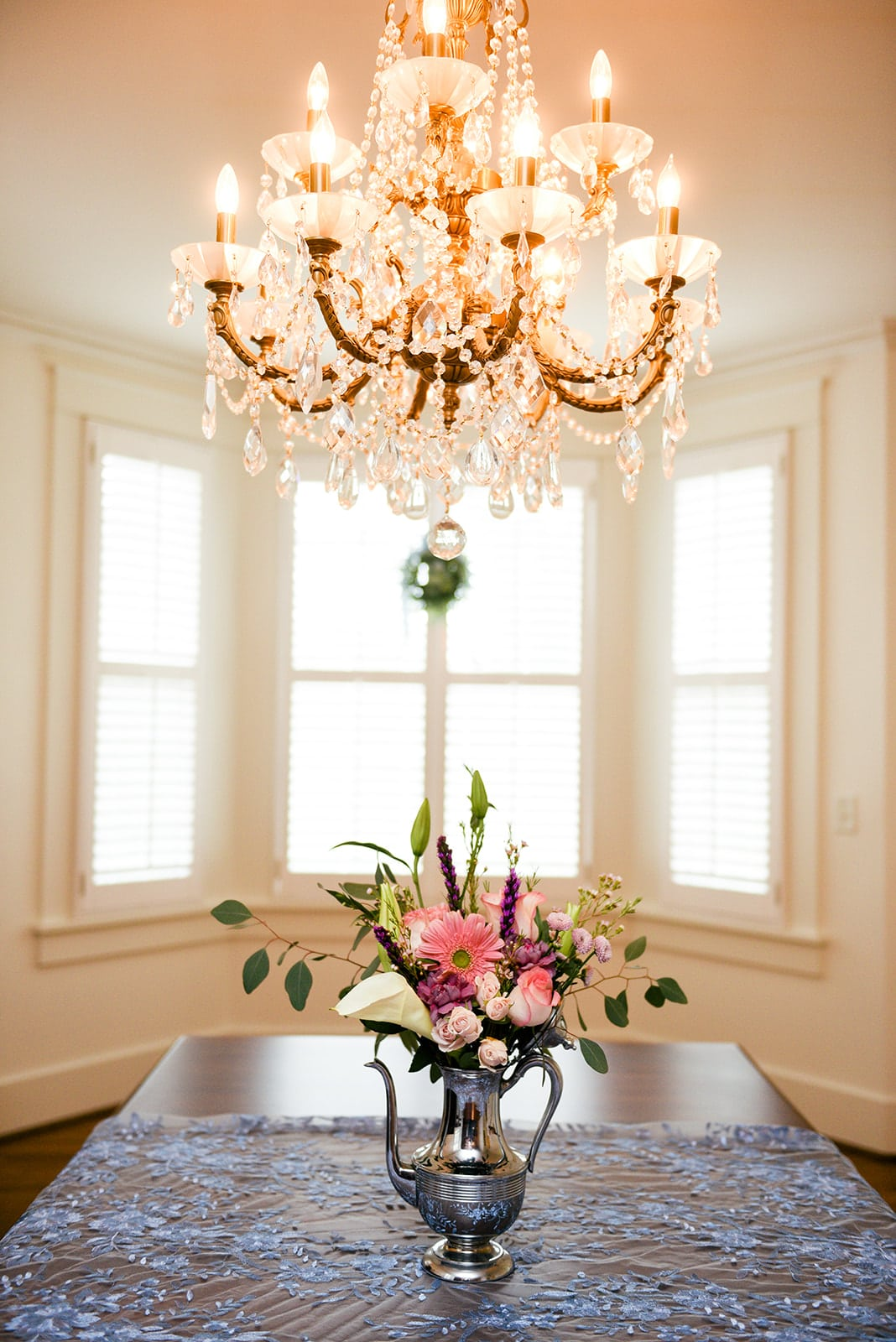 Sweet & Intimate In-Home Wedding by Photography by Janae featured on Nashville Bride Guide