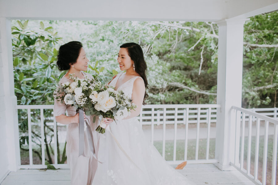 Bridal party portraits: Summer Soiree at Cedarwood Weddings featured on Nashville Bride Guide