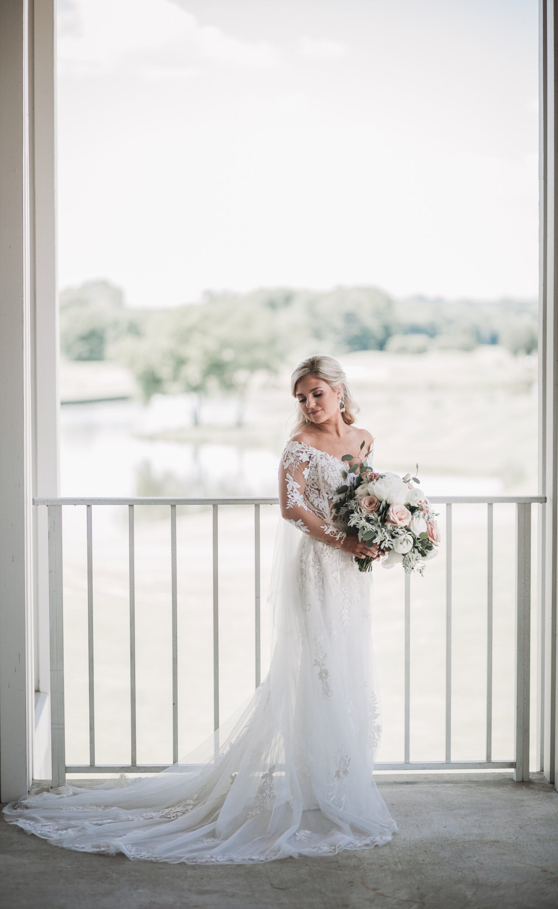 Bridal portrait: Romantic Country Club Soiree by Juniper Weddings featured on Nashville Bride Guide