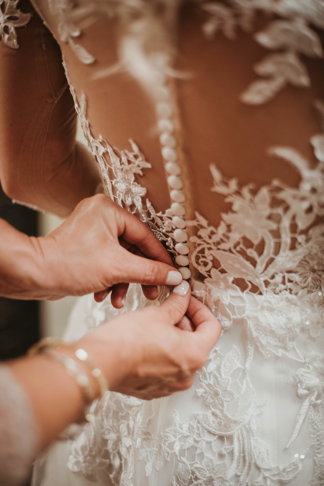 Lace wedding dress detail: Romantic Country Club Soiree by Juniper Weddings featured on Nashville Bride Guide