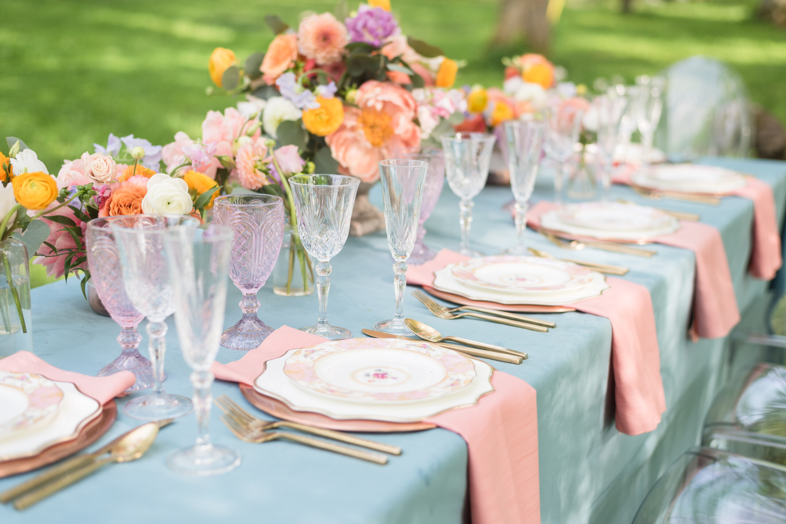 Blue and pink wedding linens