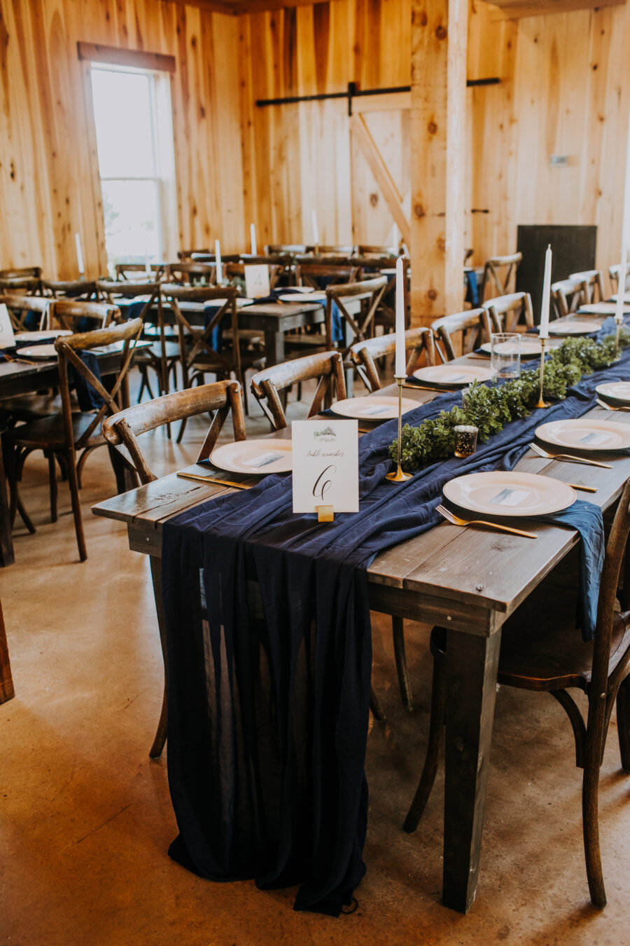 Rustic wedding table decor: Nashville Wedding with Beautiful Views by Teale Photography featured on Nashville Bride Guide