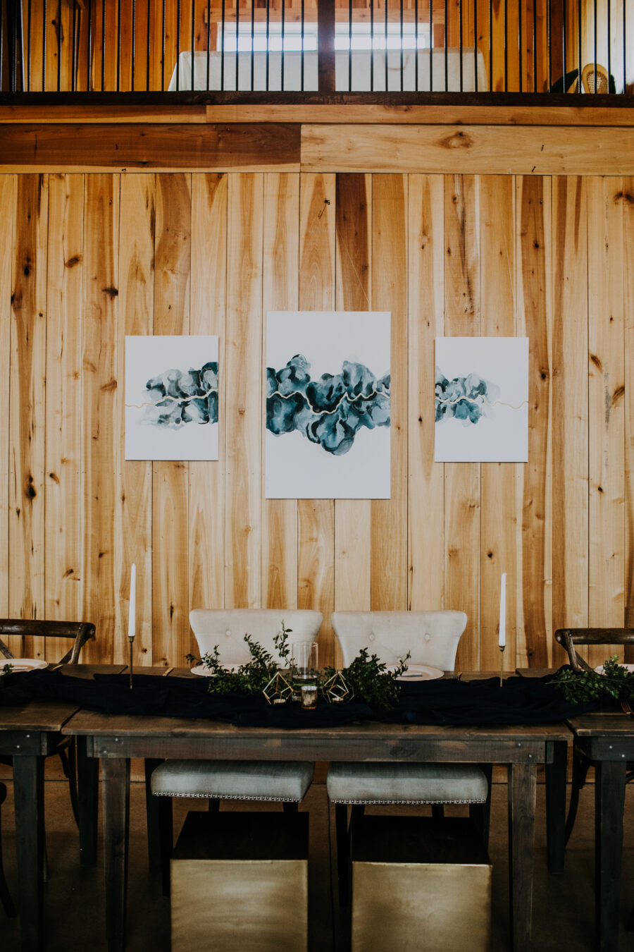 Wedding decor: Nashville Wedding with Beautiful Views by Teale Photography featured on Nashville Bride Guide
