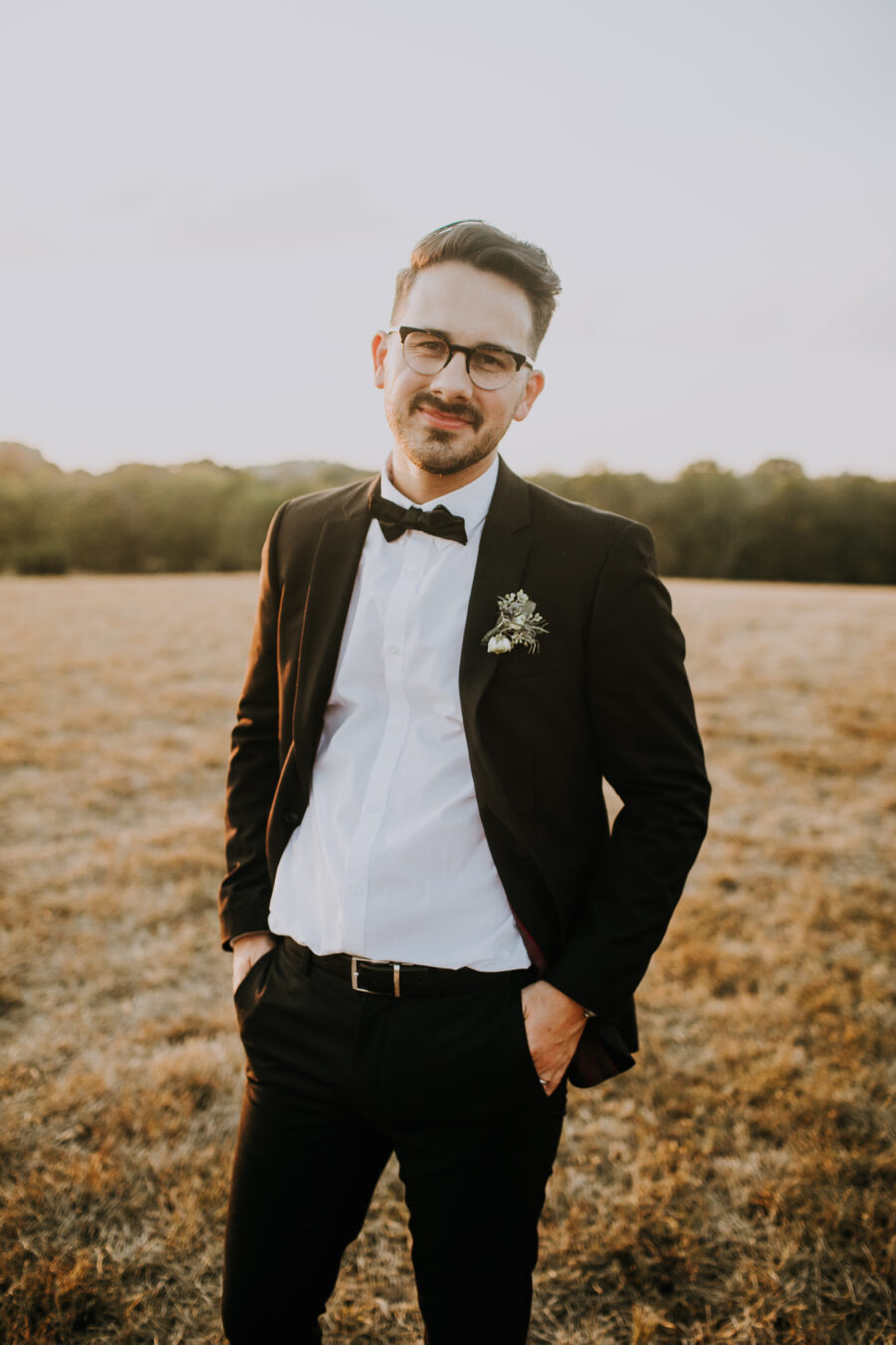 Grooms portrait: Nashville Wedding with Beautiful Views by Teale Photography featured on Nashville Bride Guide