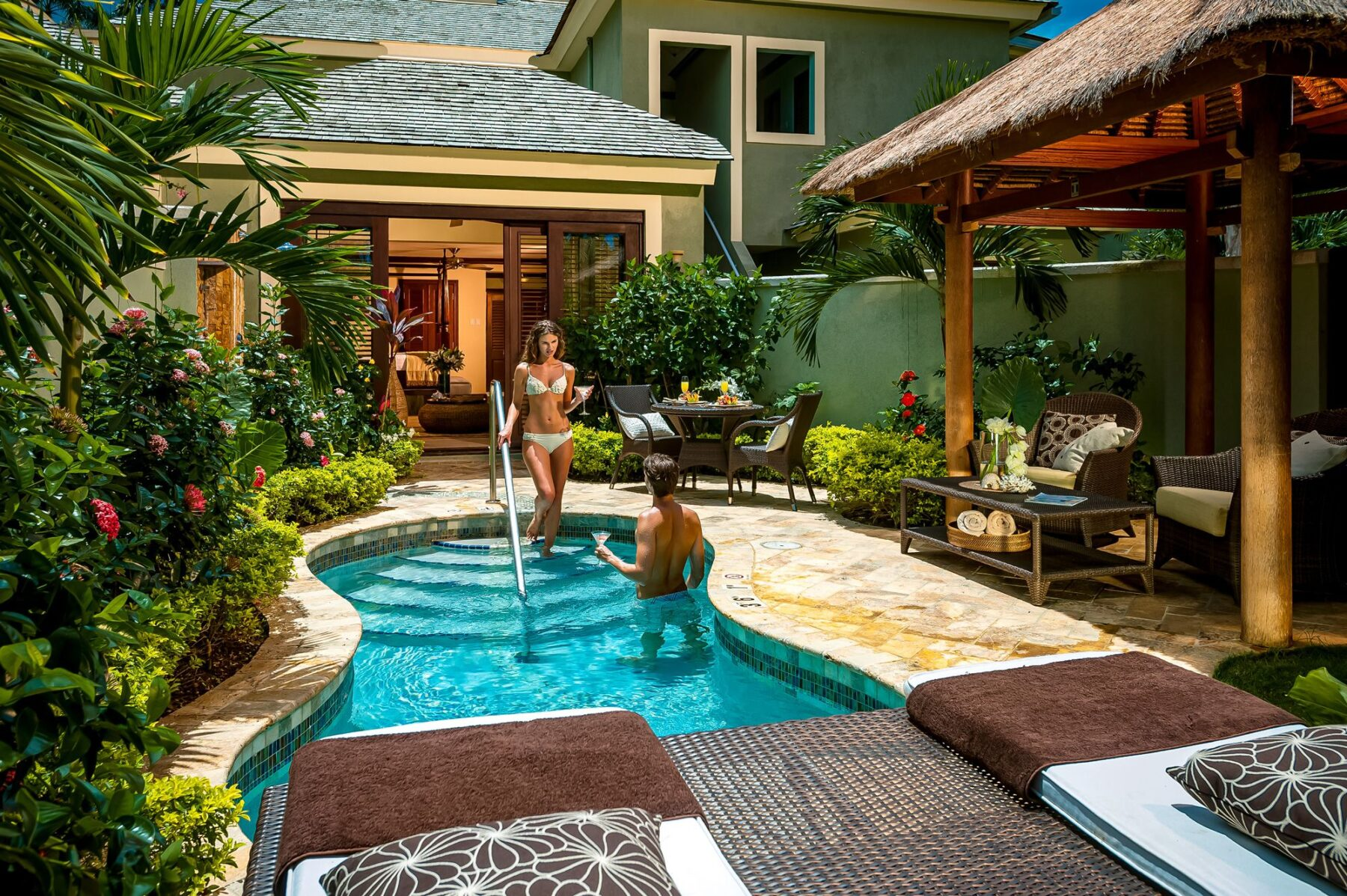 The Best Private Pools from 2 Travel Anywhere featured on Nashville Bride Guide