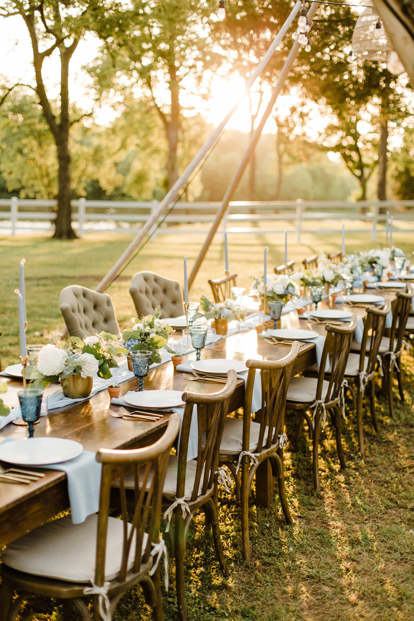 Small wedding at Long Hollows Garden with The Happy Campers featured on Nashville Bride Guide