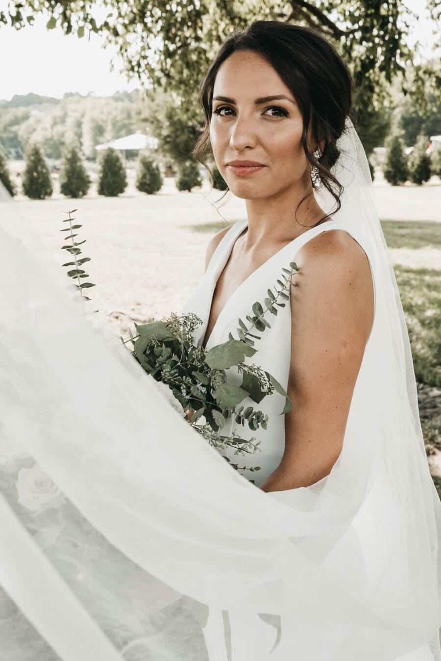 bridal portrait at Allenbrooke Farms