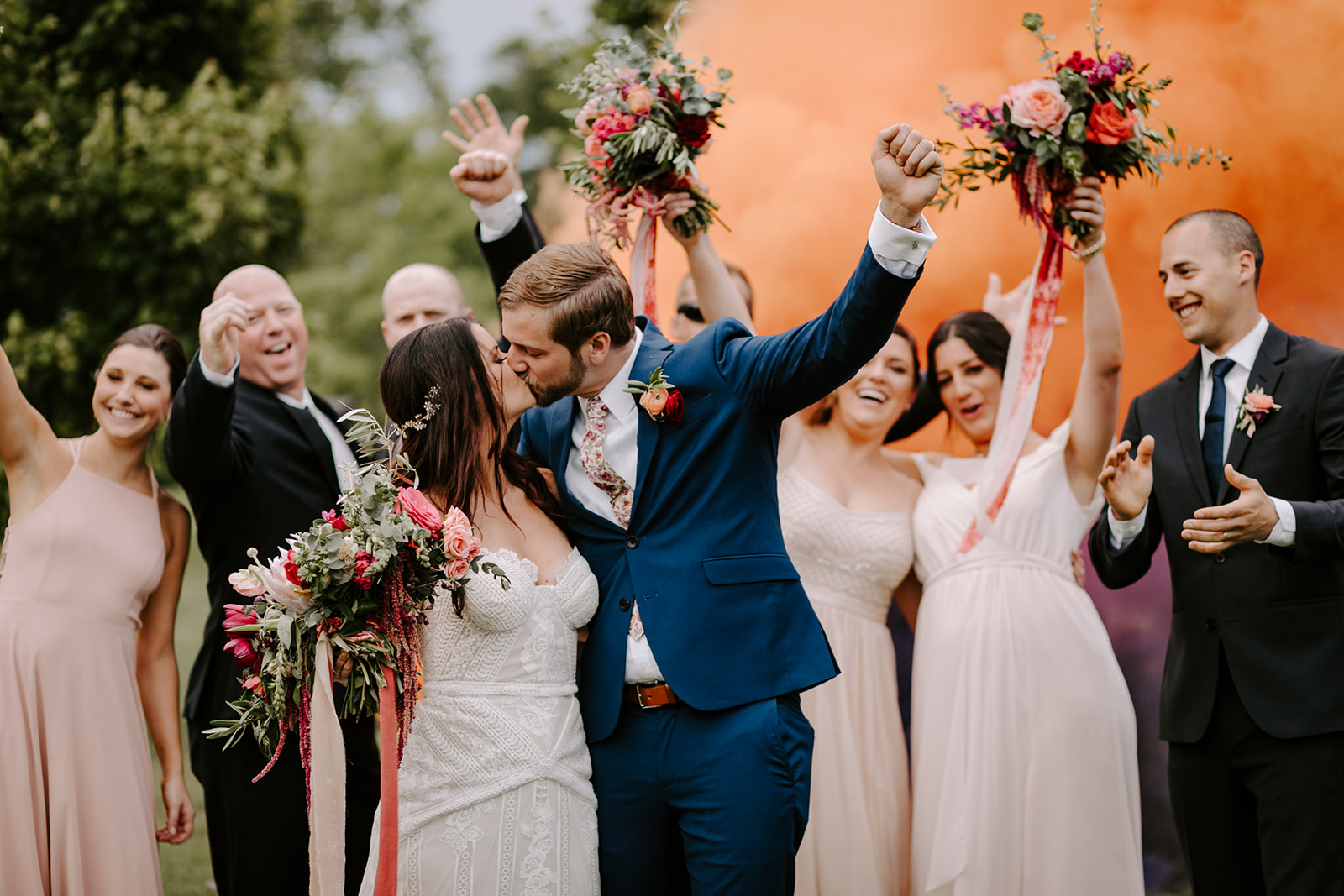Outdoor wedding ceremony at Long Hollow Gardens