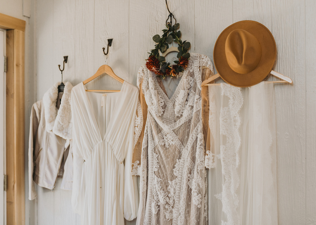 Boho Vintage Fall wedding attire