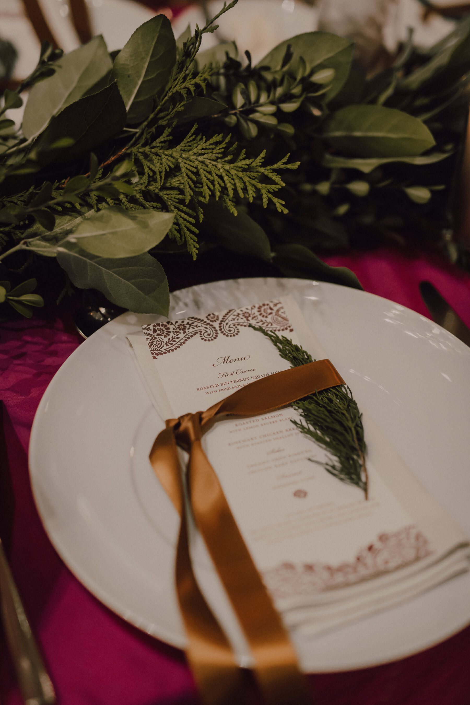 Wedding place setting | Nashville Bride Guide