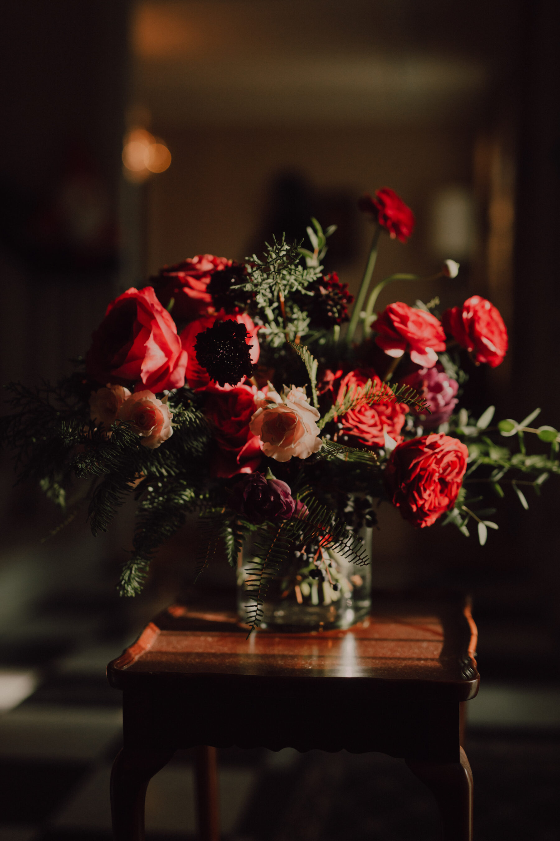 Red wedding flowers | Nashville Bride Guide