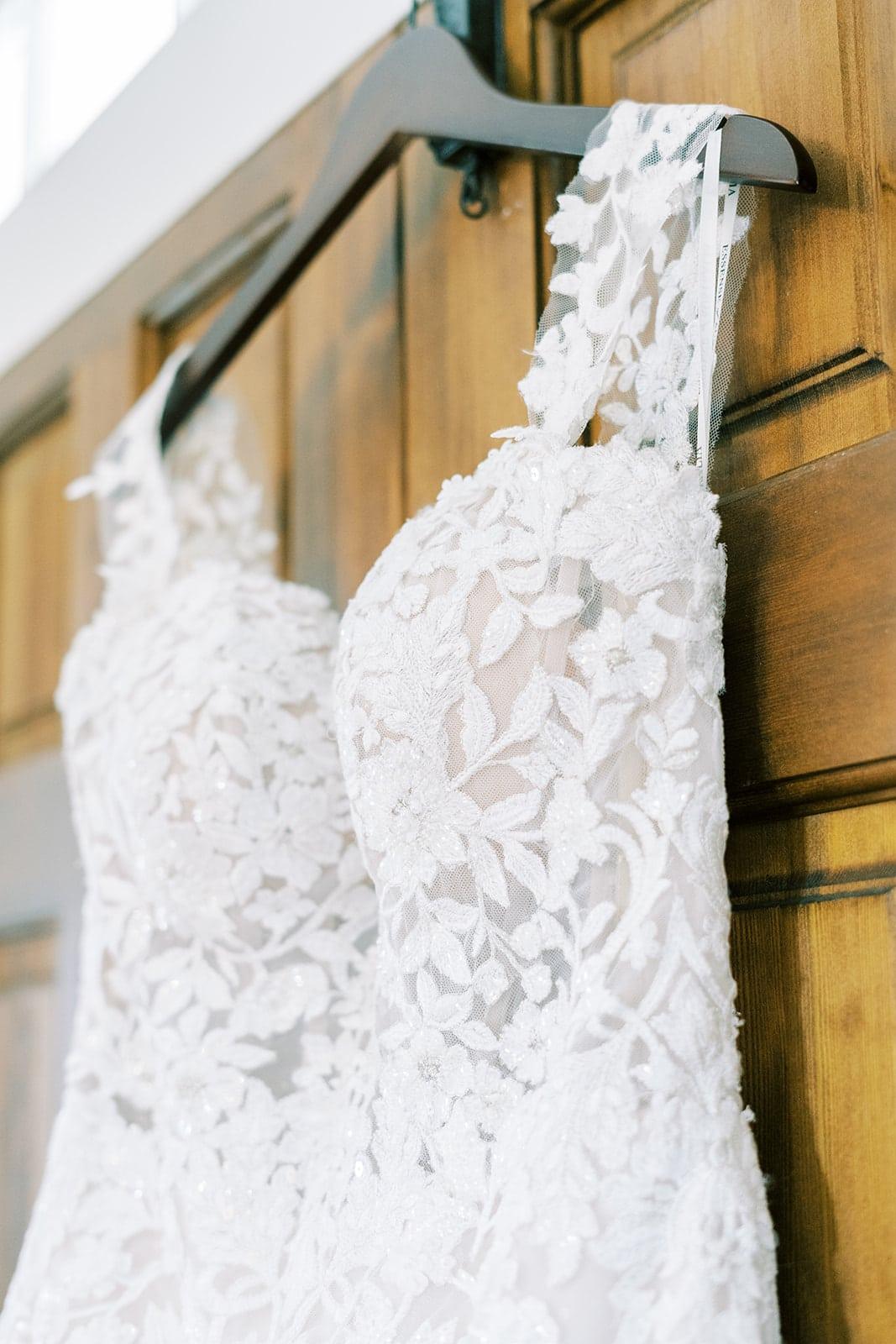 Embroidered lace wedding dress | Nashville Bride Guide