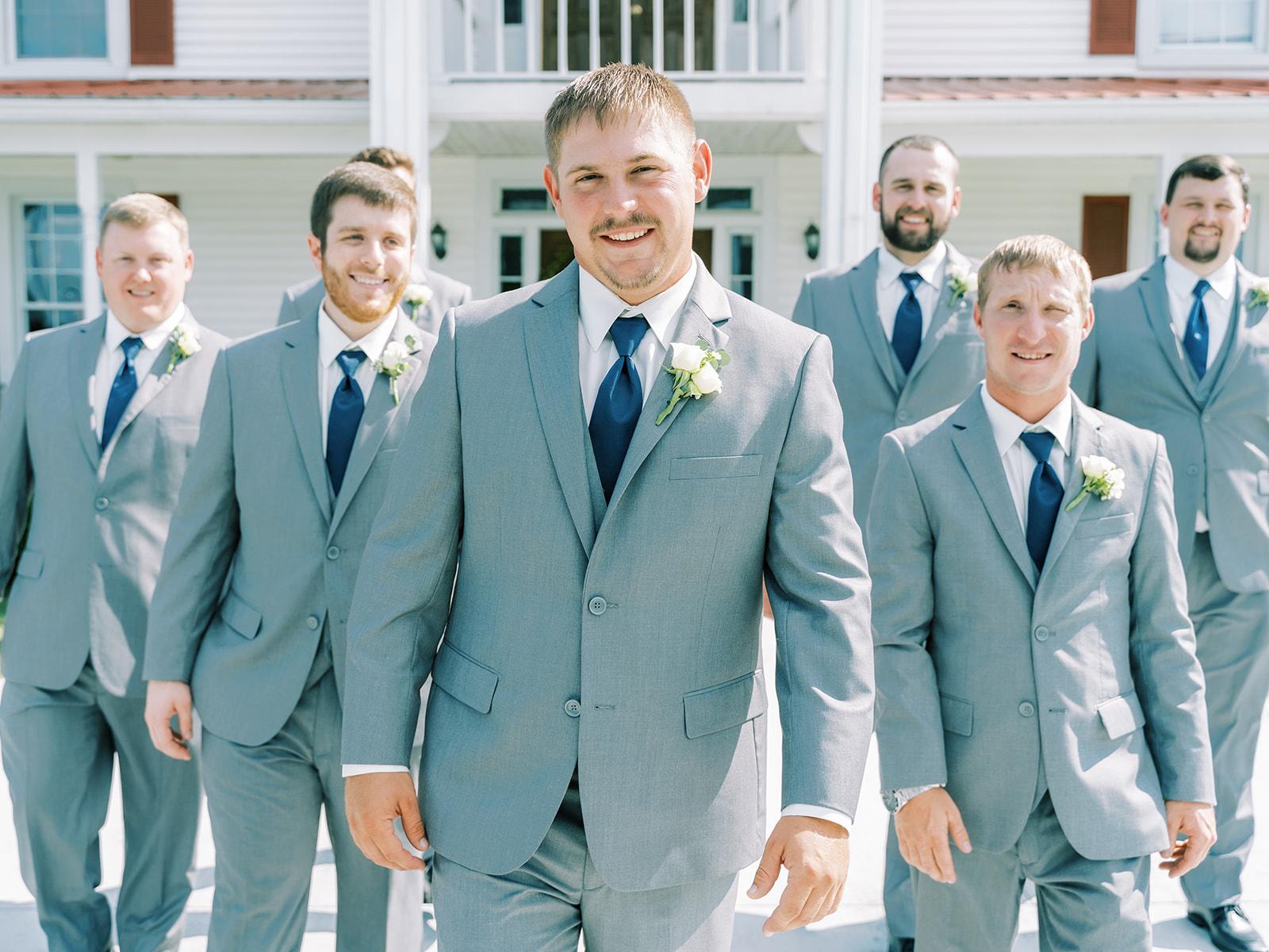 Gray and blue groomsmen tuxedos | Nashville Bride Guide