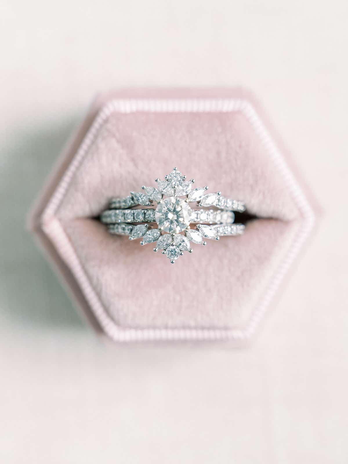 Round engagement ring and wedding bands | Nashville Bride Guide