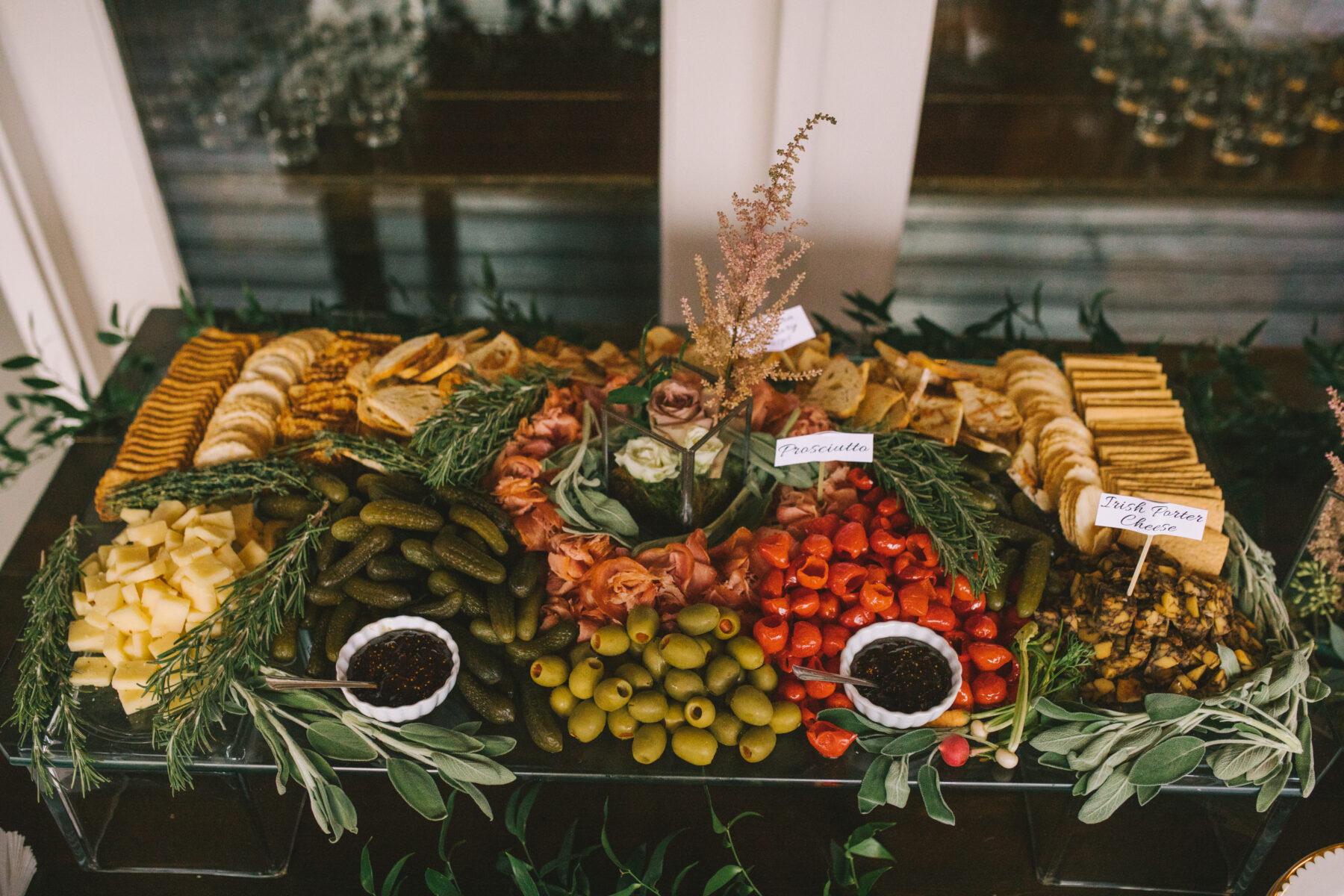 Chef's Market Nashville Catering | Nashville Bride Guide