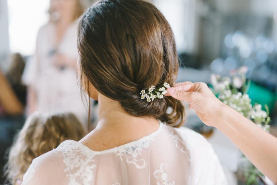 Dainty Floral Wedding Hair Accessory | Nashville Bride Guide
