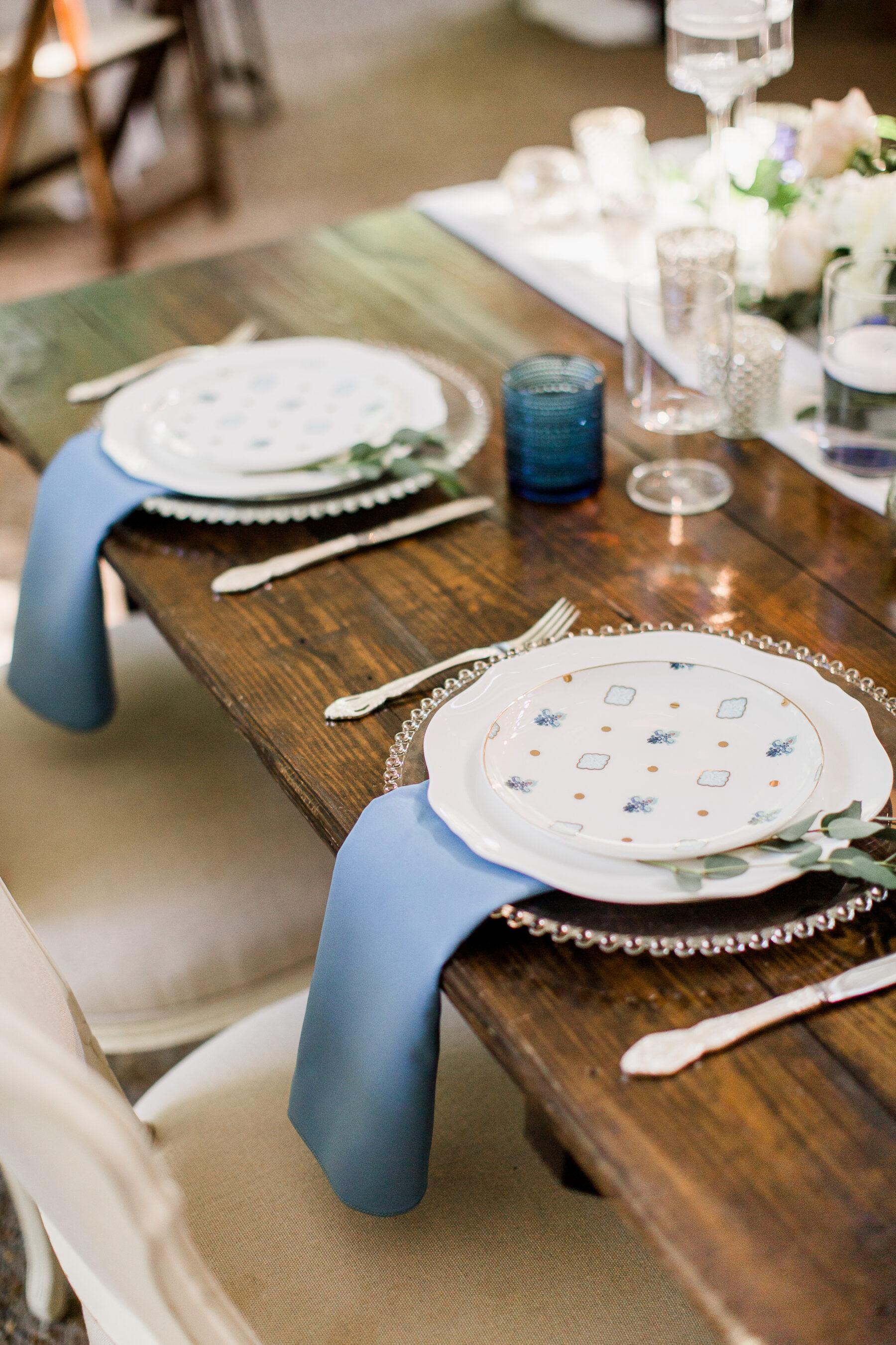 Garden wedding table decor | Nashville Bride Guide