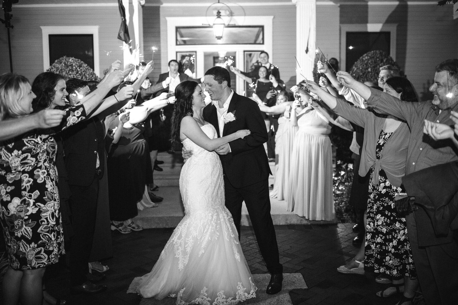 Sparkler wedding exit | Nashville Bride Guide