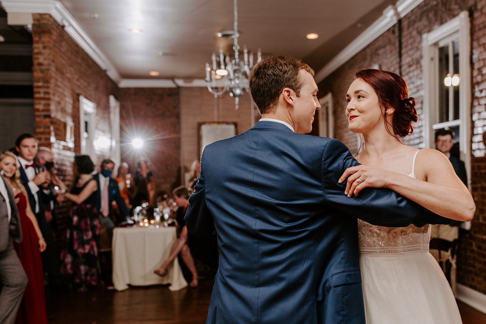 First dance wedding photography | Nashville Bride Guide