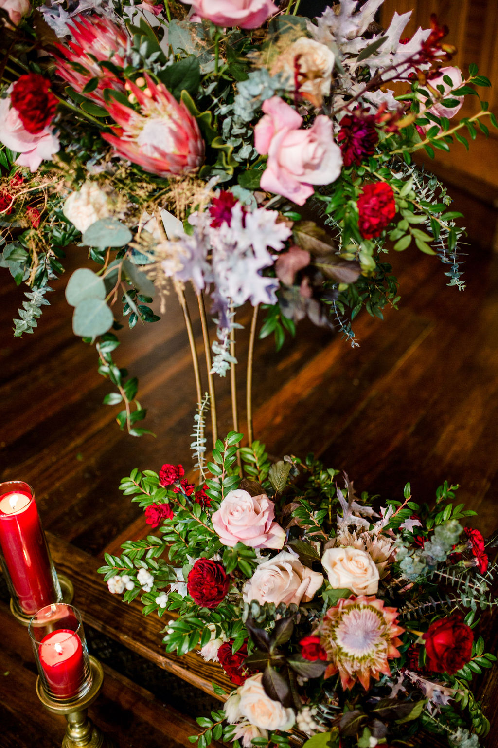 Red and pink wedding flowers | | Nashville Bride Guide