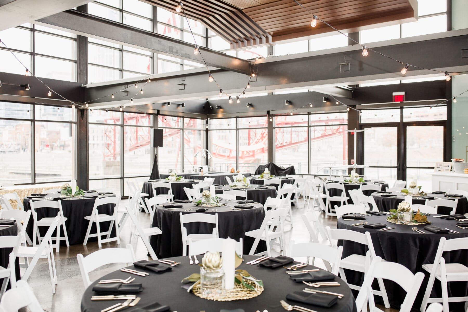 Gatsby Inspired Winter Wedding | Nashville Bride Guide