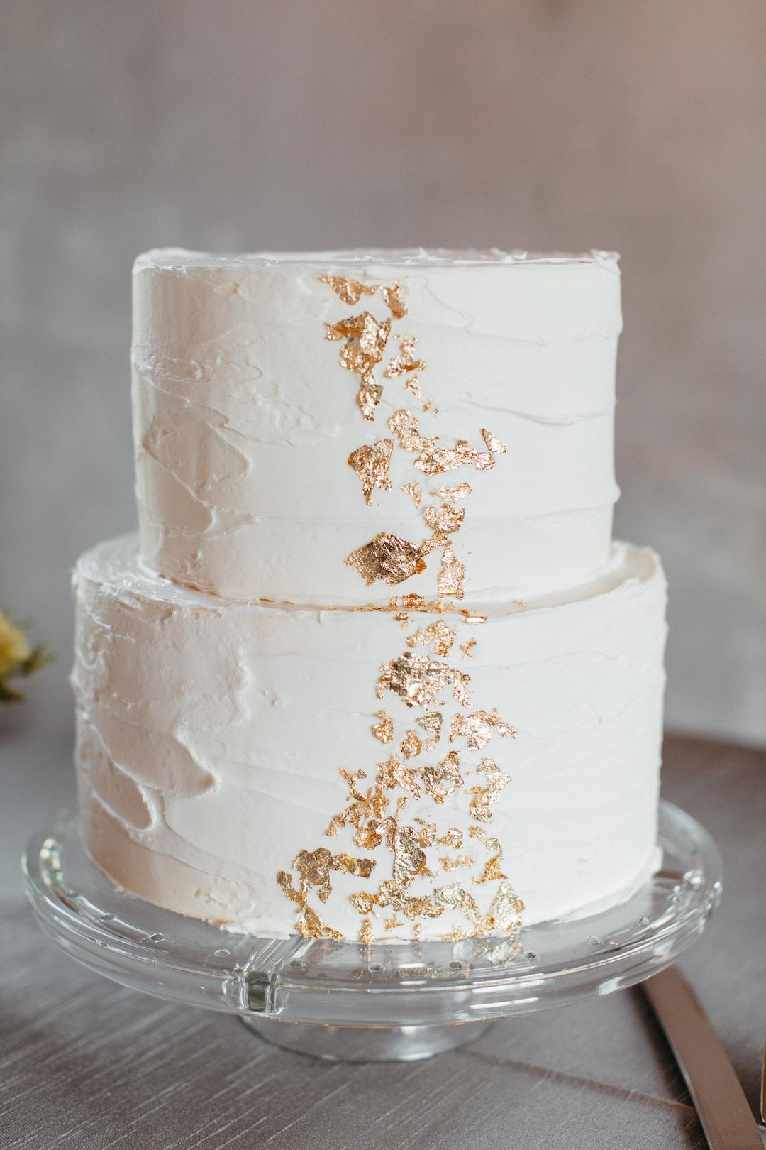 Gold speckled two-tier wedding cake | Nashville Bride Guide