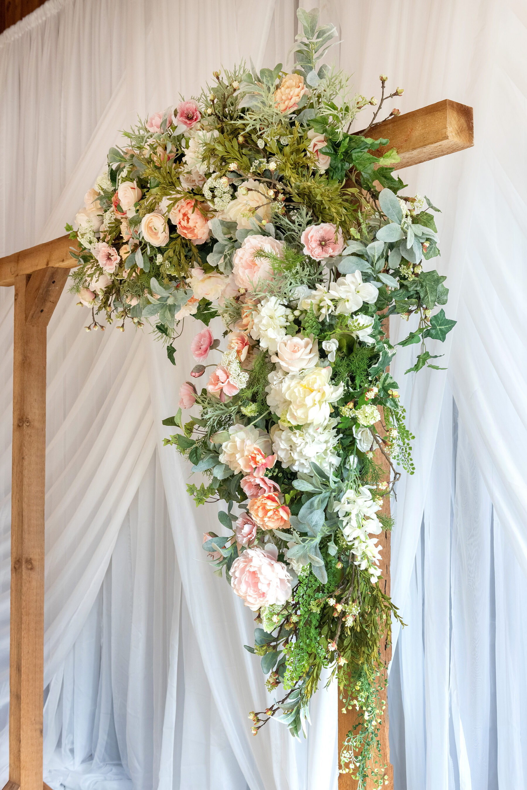 Creations by Debbie Florals   Nashville Bride Guide
