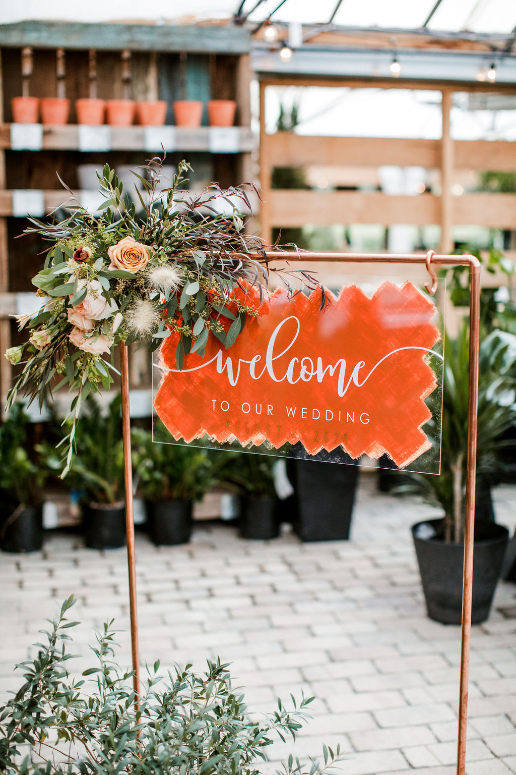 Red Acrylic wedding welcome sign | Nashville Bride Guide