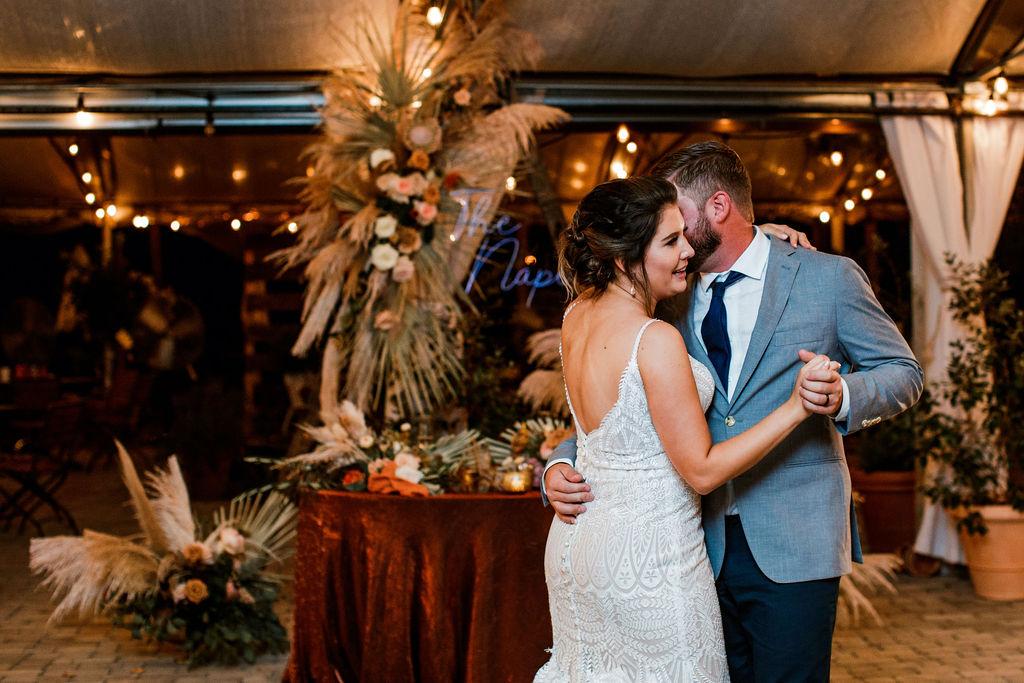 Greenhouse Boho Wedding at Long Hollow Gardens | Nashville Bride Guide
