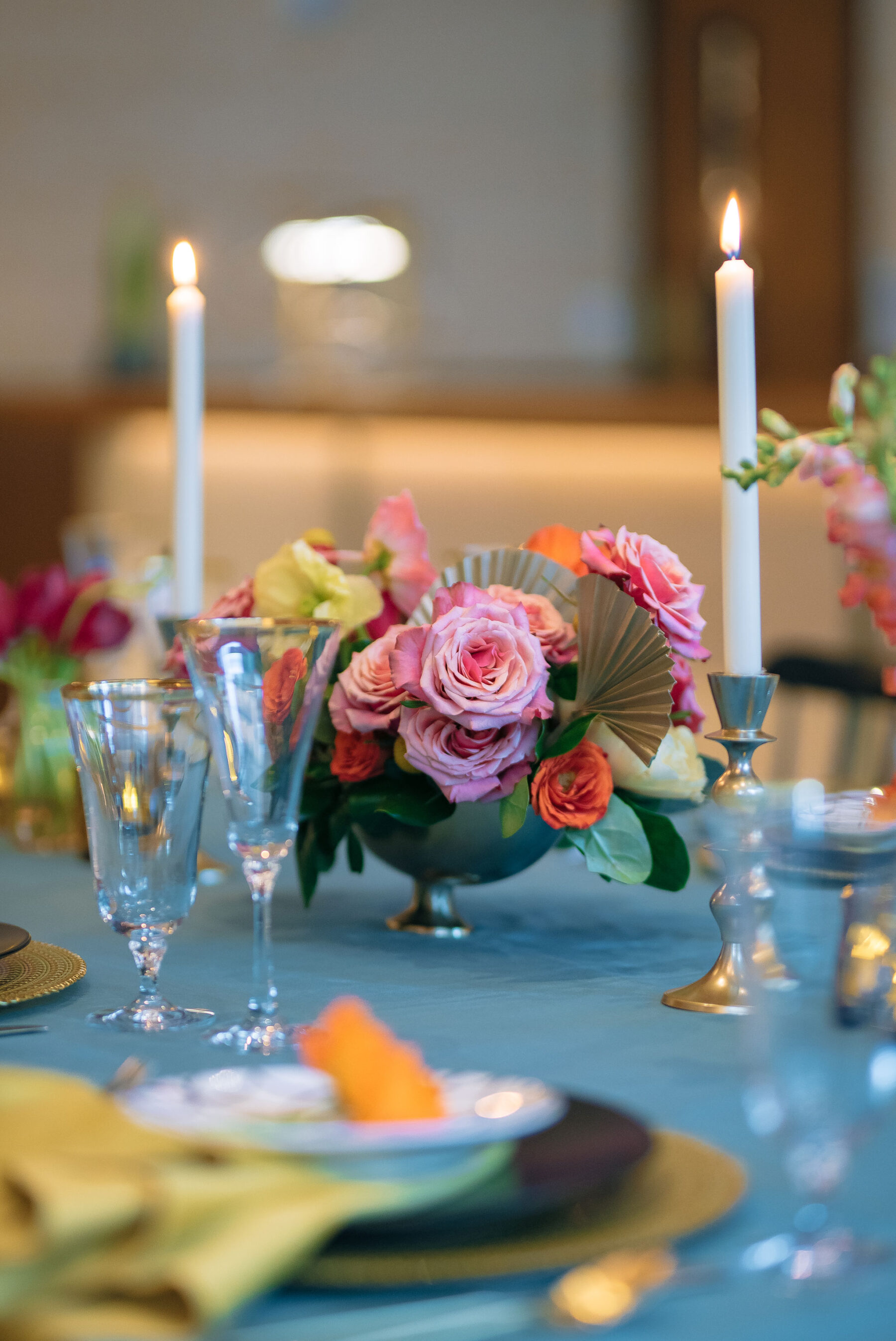Multicolor wedding centerpieces