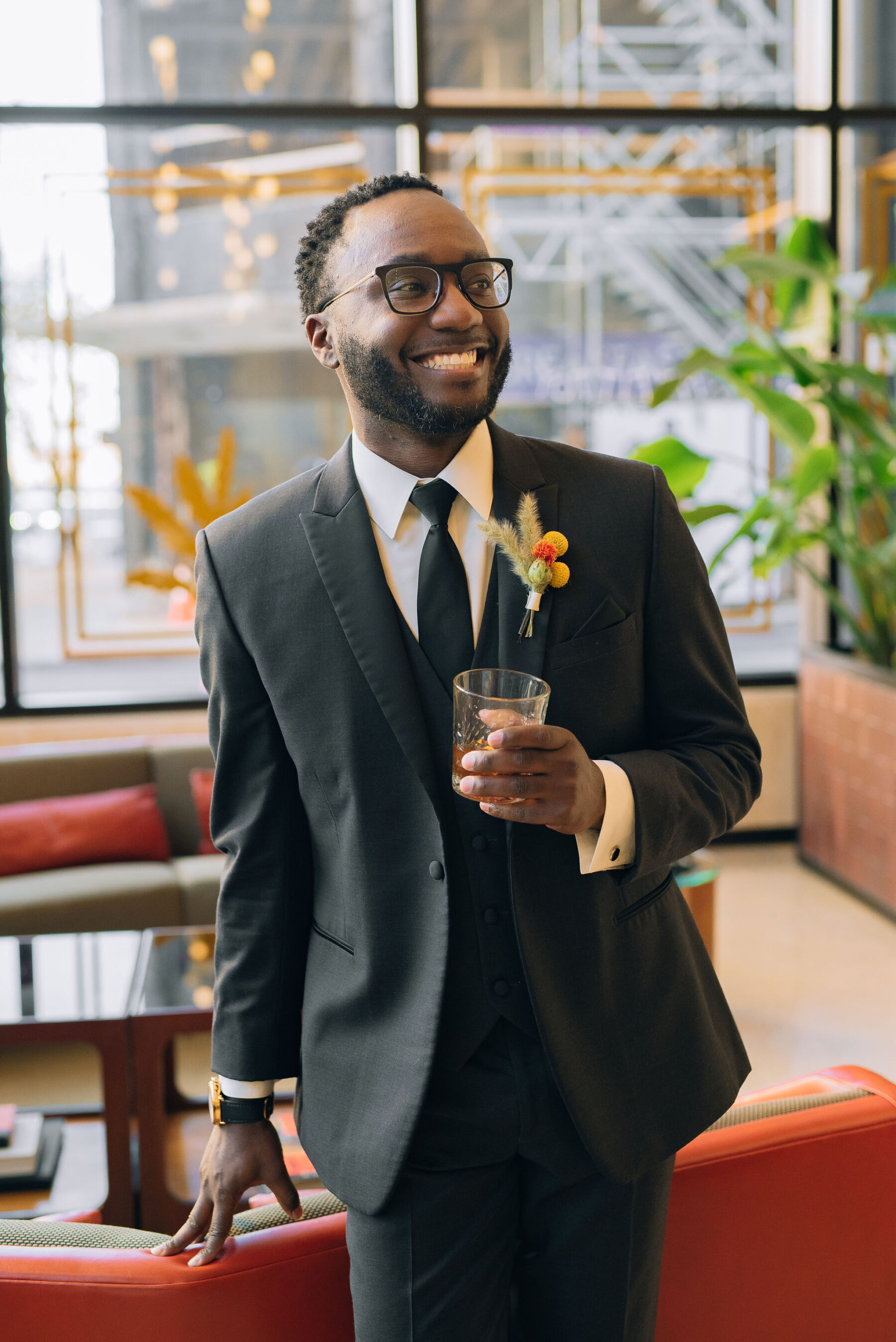 Three piece grooms tuxedo | Nashville Bride Guide