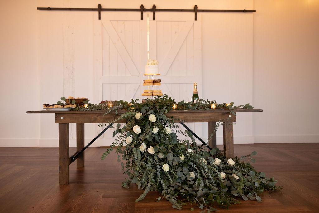 Wedding dessert table with flowers | Nashville Bride Guide