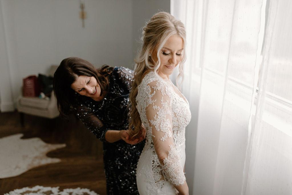Adorn Nashville wedding dress | Nashville Bride Guide