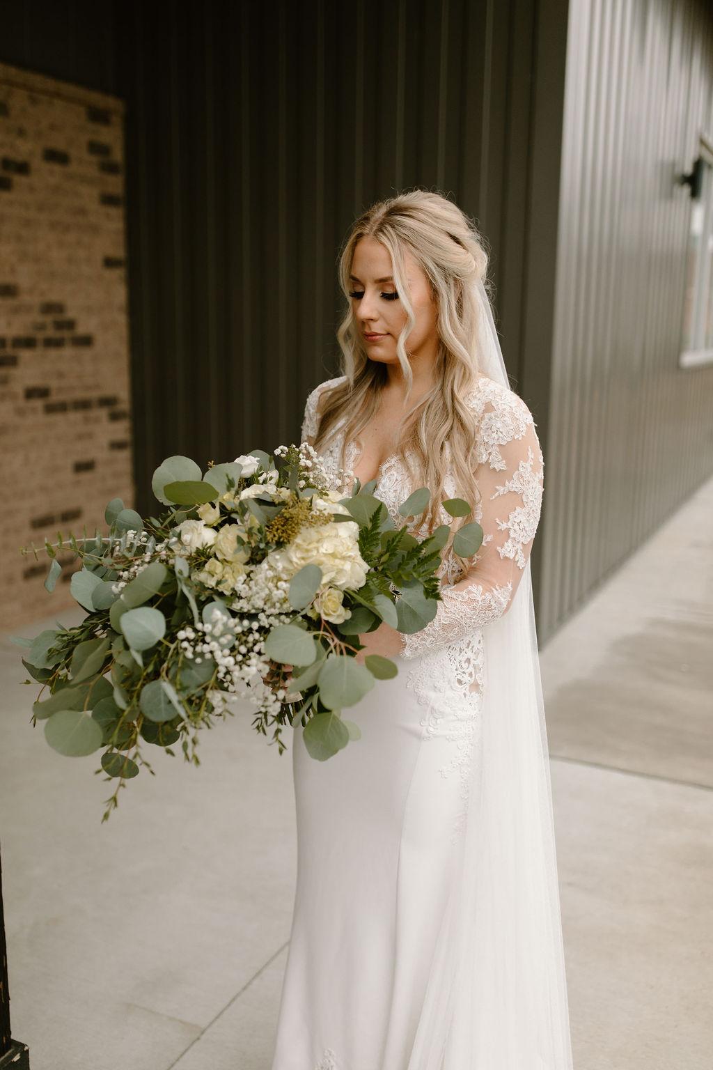 T. Villager wedding bouquet | Nashville Bride Guide