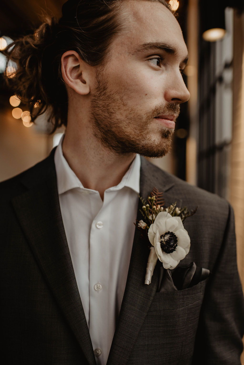 White wedding boutonniere | Nashville Bride Guide