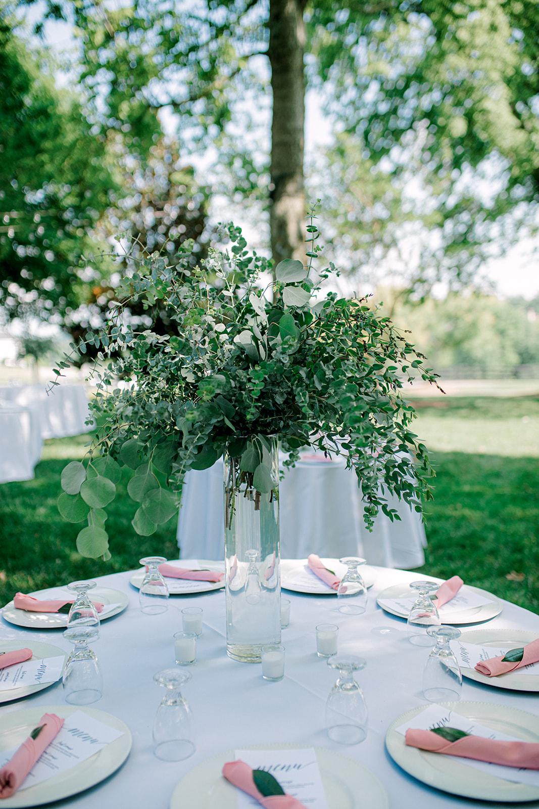 Tall greenery wedding centerpieces | Nashville Bride Guide