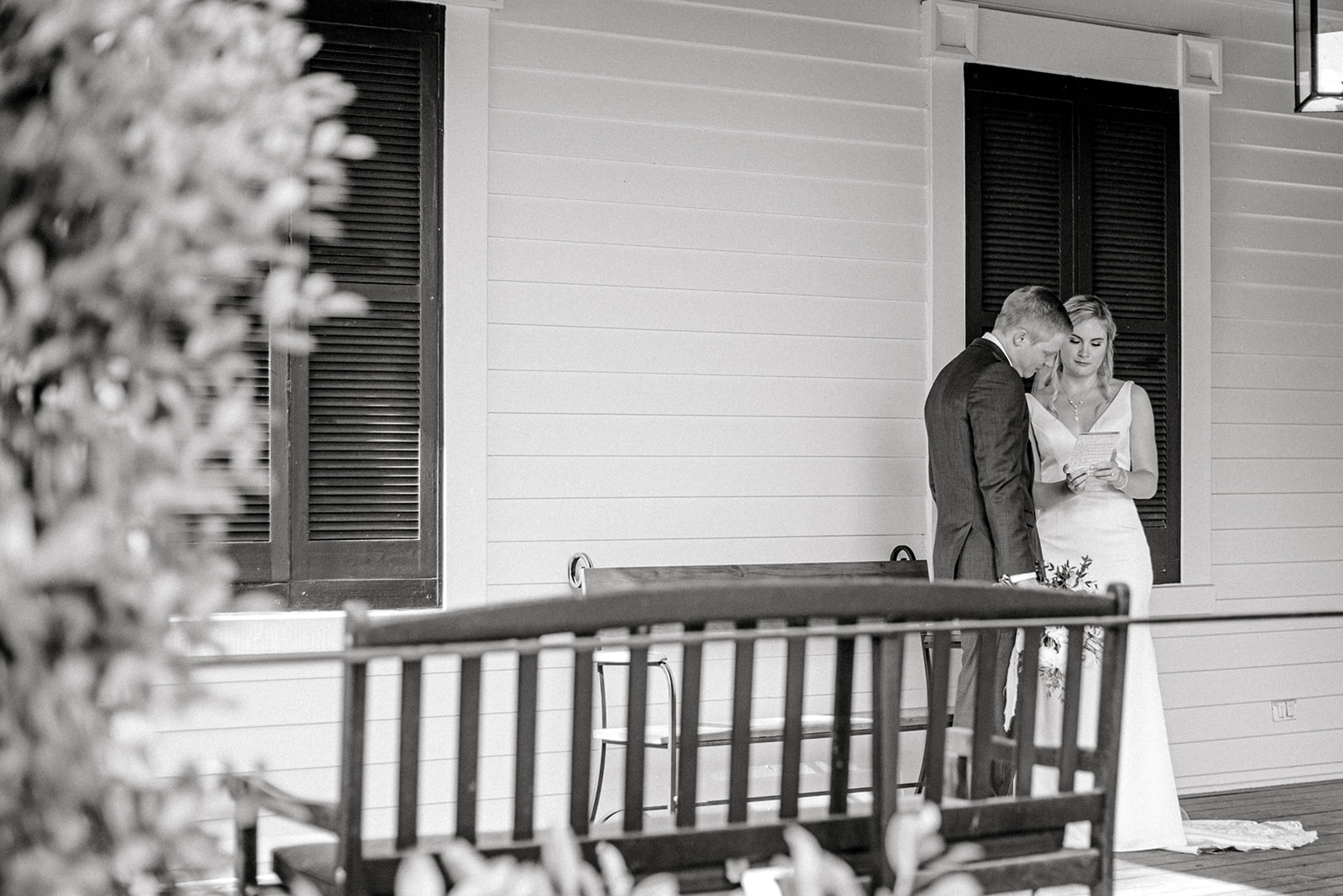 Pleasant Hill Mansion Bride and Groom first look | Nashville Bride Guide