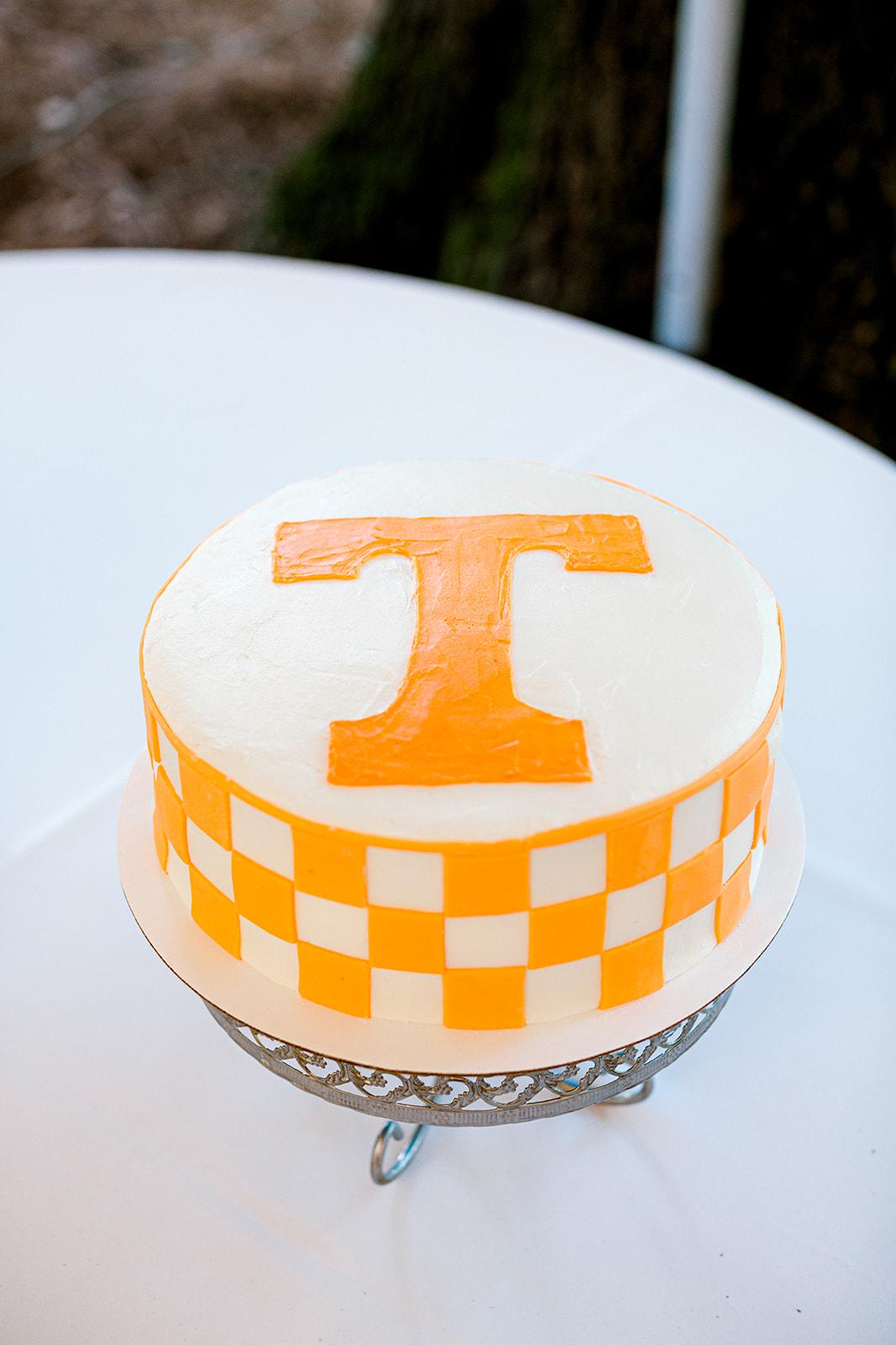 Groom's cake design | Nashville Bride Guide