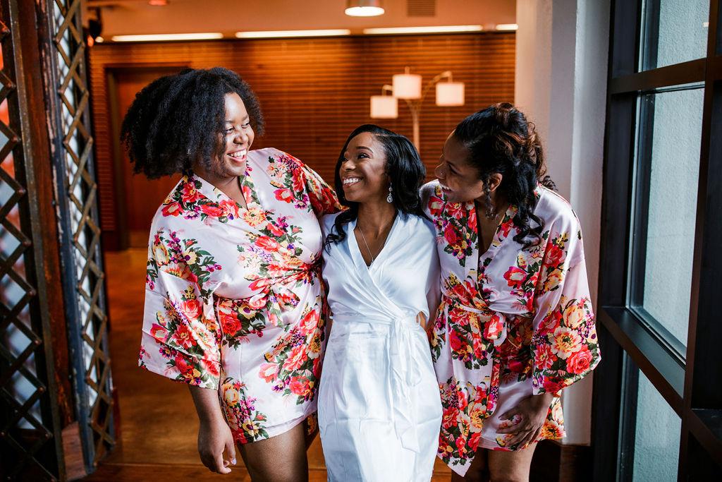 Floral bridesmaids robes | Nashville Bride Guide