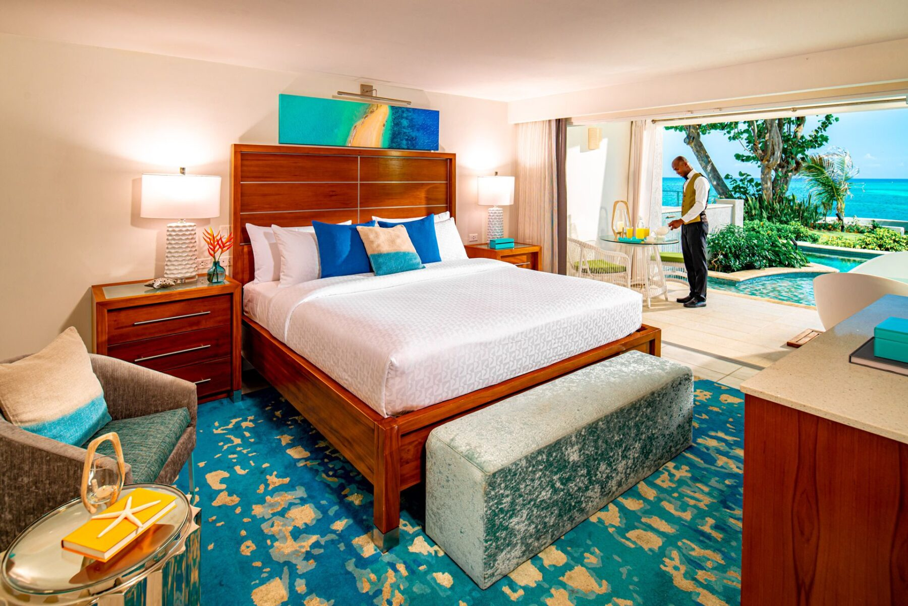 Swim Up Pool Suites from 2 Travel Anywhere | Nashville Bride Guide