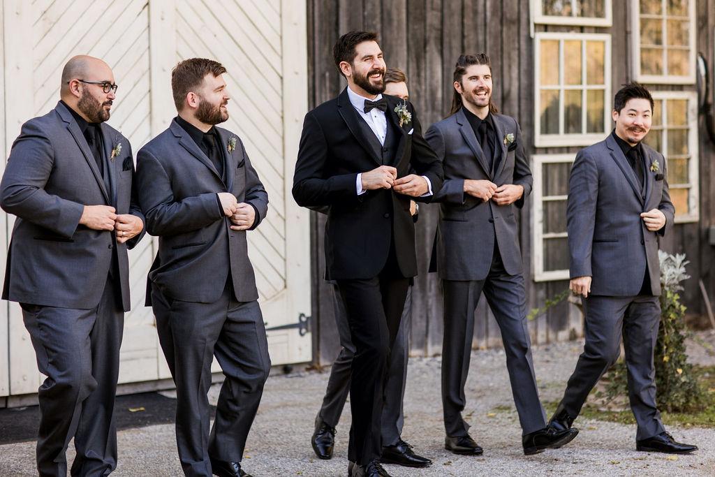 Groomsmen wedding portrait | Nashville Bride Guide