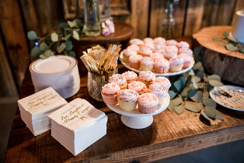 Wedding dessert display | Nashville Bride Guide