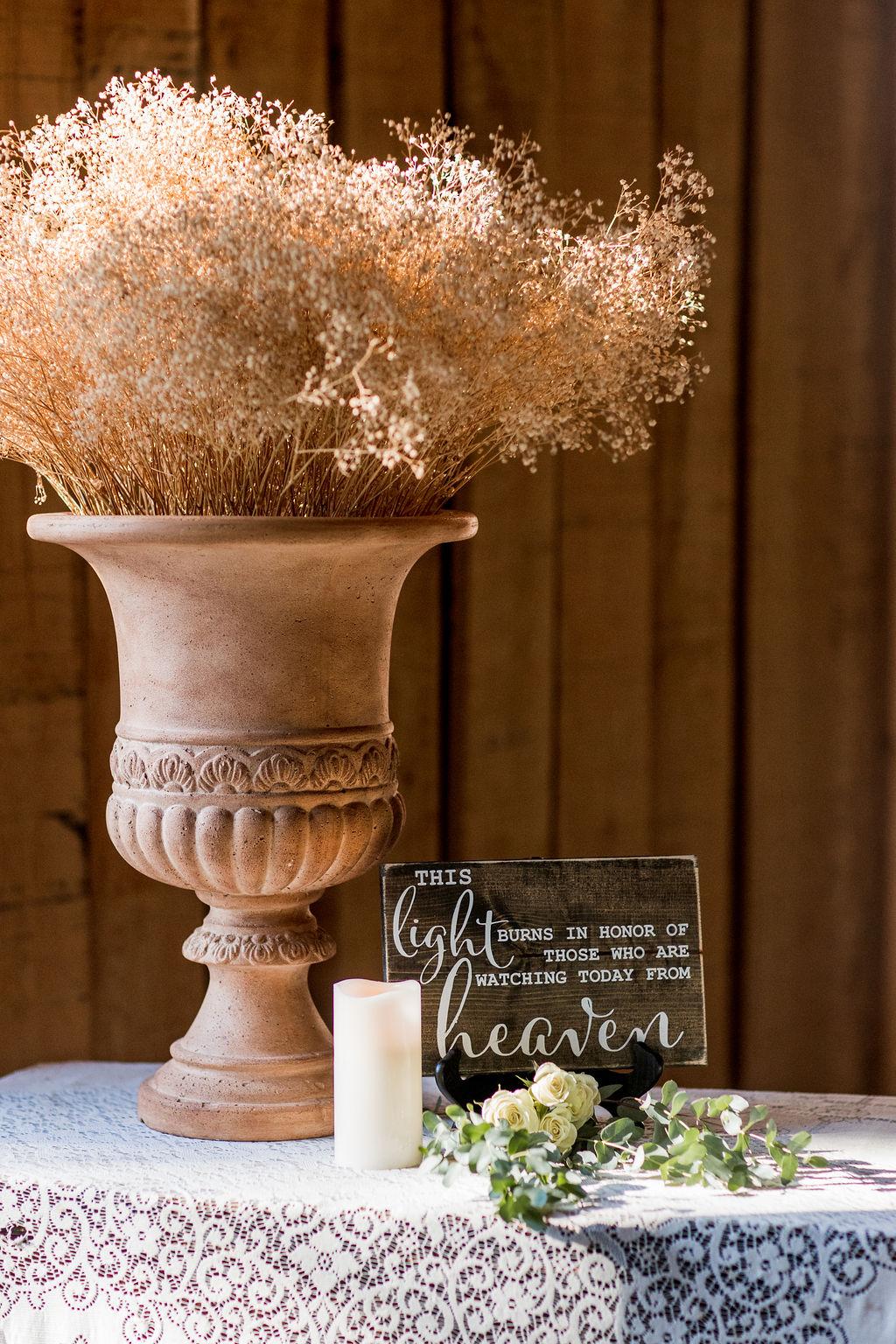 In memory of wedding reception decor | Nashville Bride Guide