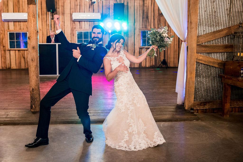 Charming Rustic Wedding at Meadow Hill Farm | Nashville Bride Guide