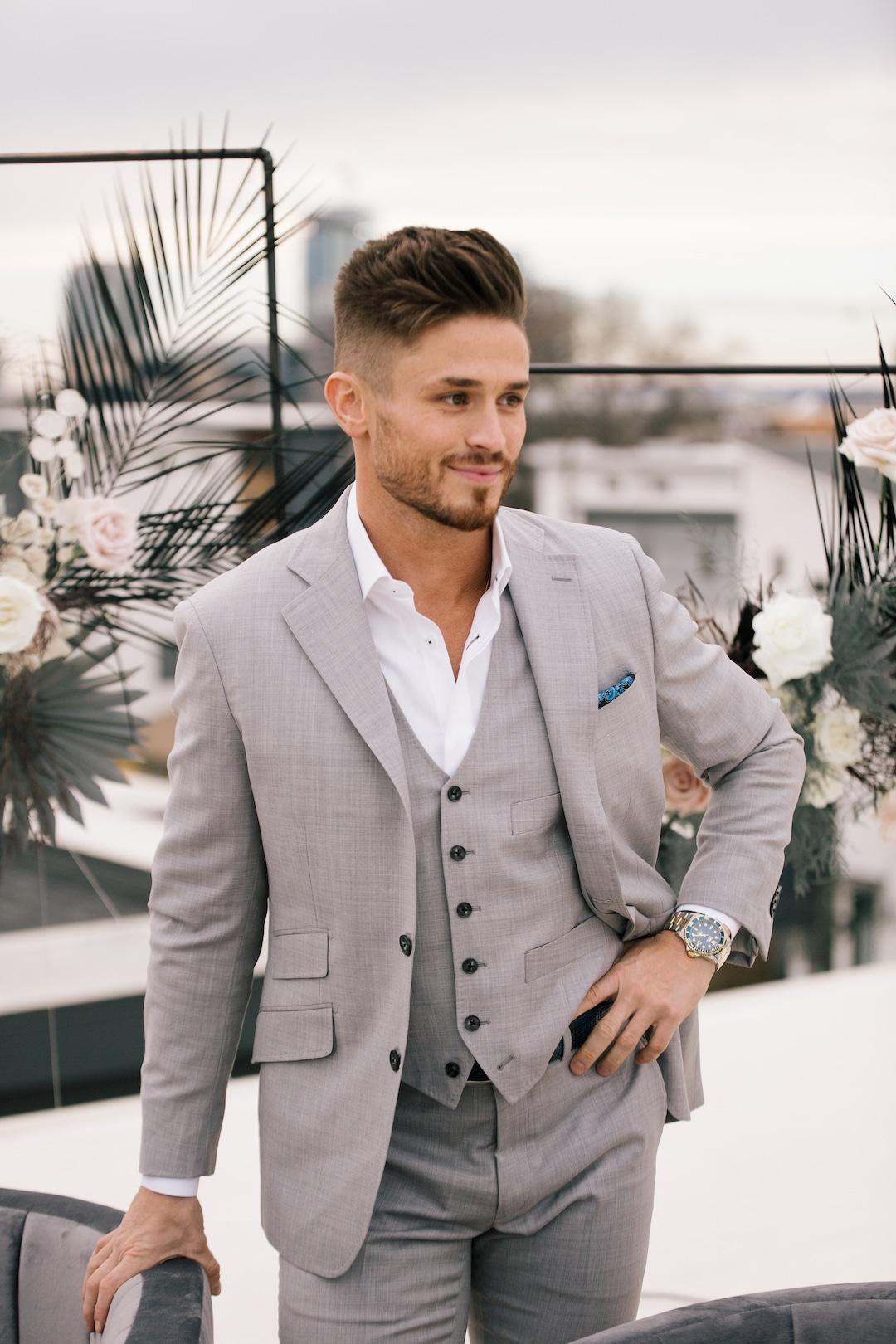 Gray three piece mens wedding tuxedo | Nashville Bride Guide